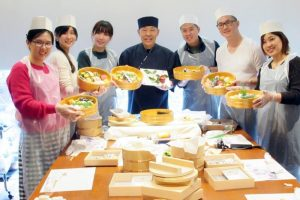 Atelier de sushi nigiri et «sushi caché»