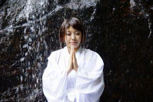 Takigyo - Méditation sous une cascade