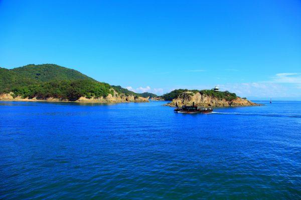 île paradisiaque sensuijima tomonoura fukuyama hiroshima japon roches volcanique randonnée nature immersion bain de mer