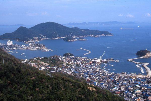 vue aérienne fukuyama traditionnelhistorique tourisme japon hiroshima tomonouchi