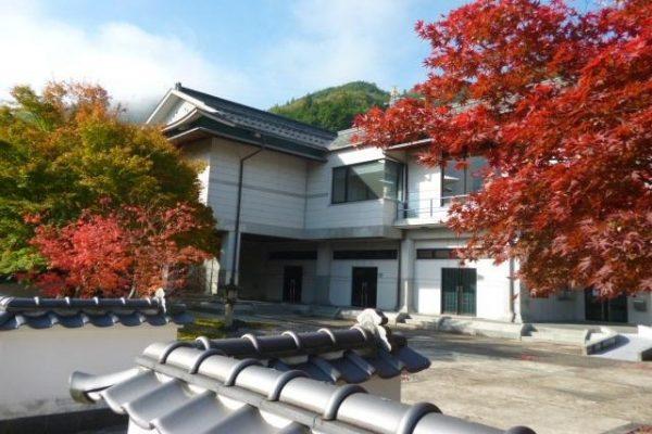 niimi okayama Japon musée art architecture traditionnelle moyen-âge exposition art tomioka tessai