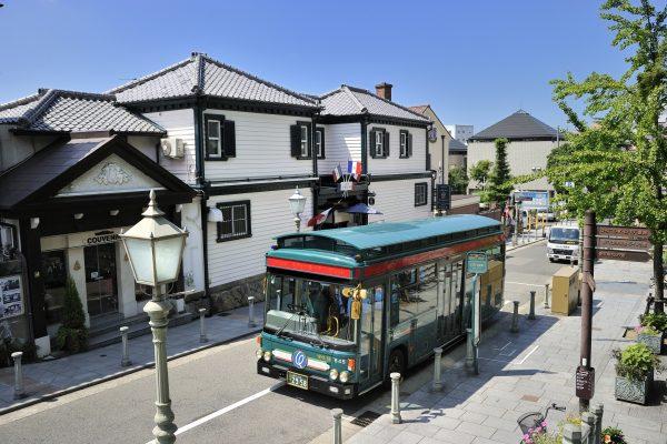 quartier kobe kitano kitanocho trickart museum mélange culture architecture voyage japon moderne histoire téléphérique musée charpenterie paysage